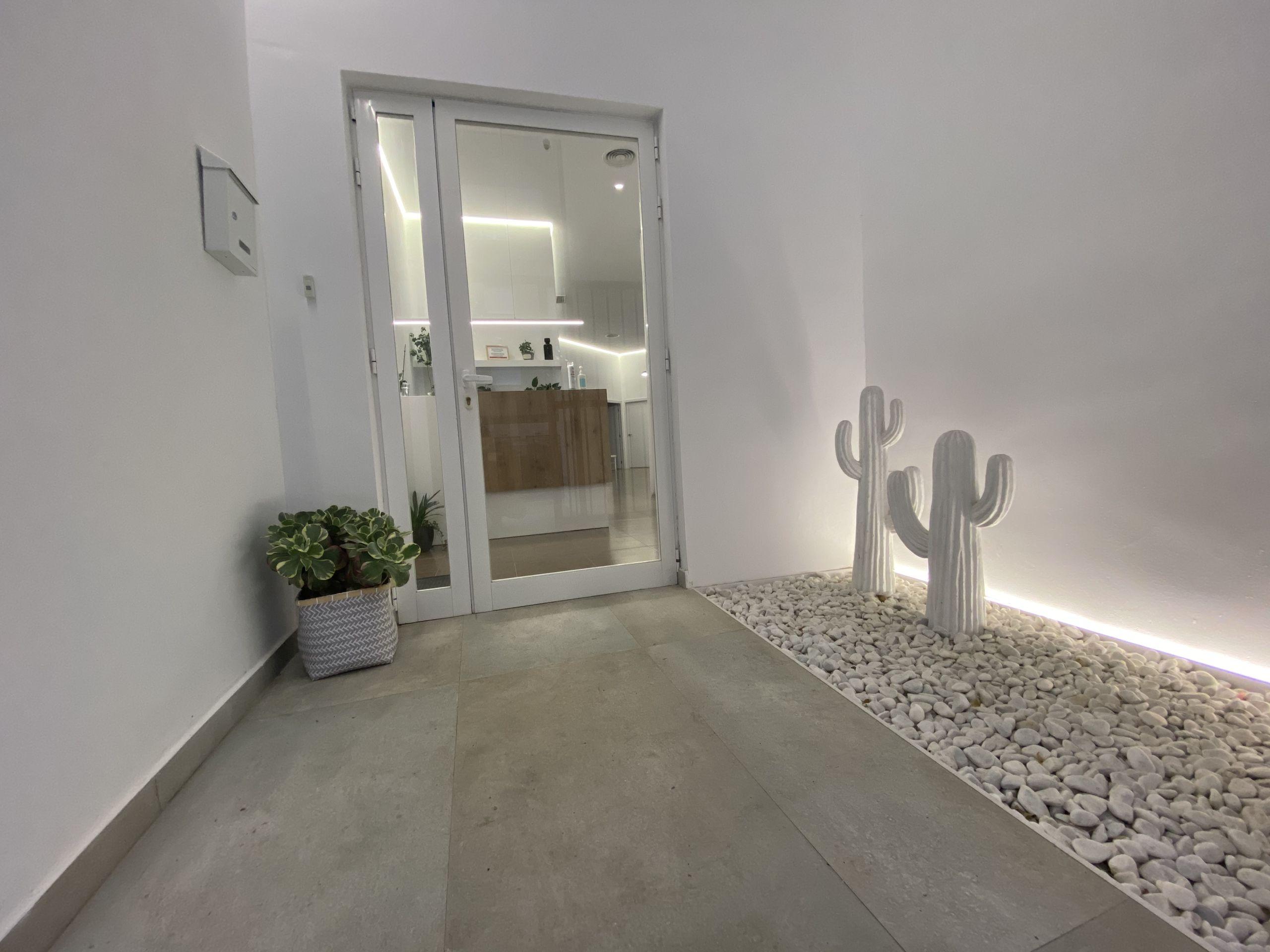 puerta-clinica-mediterrani-denia