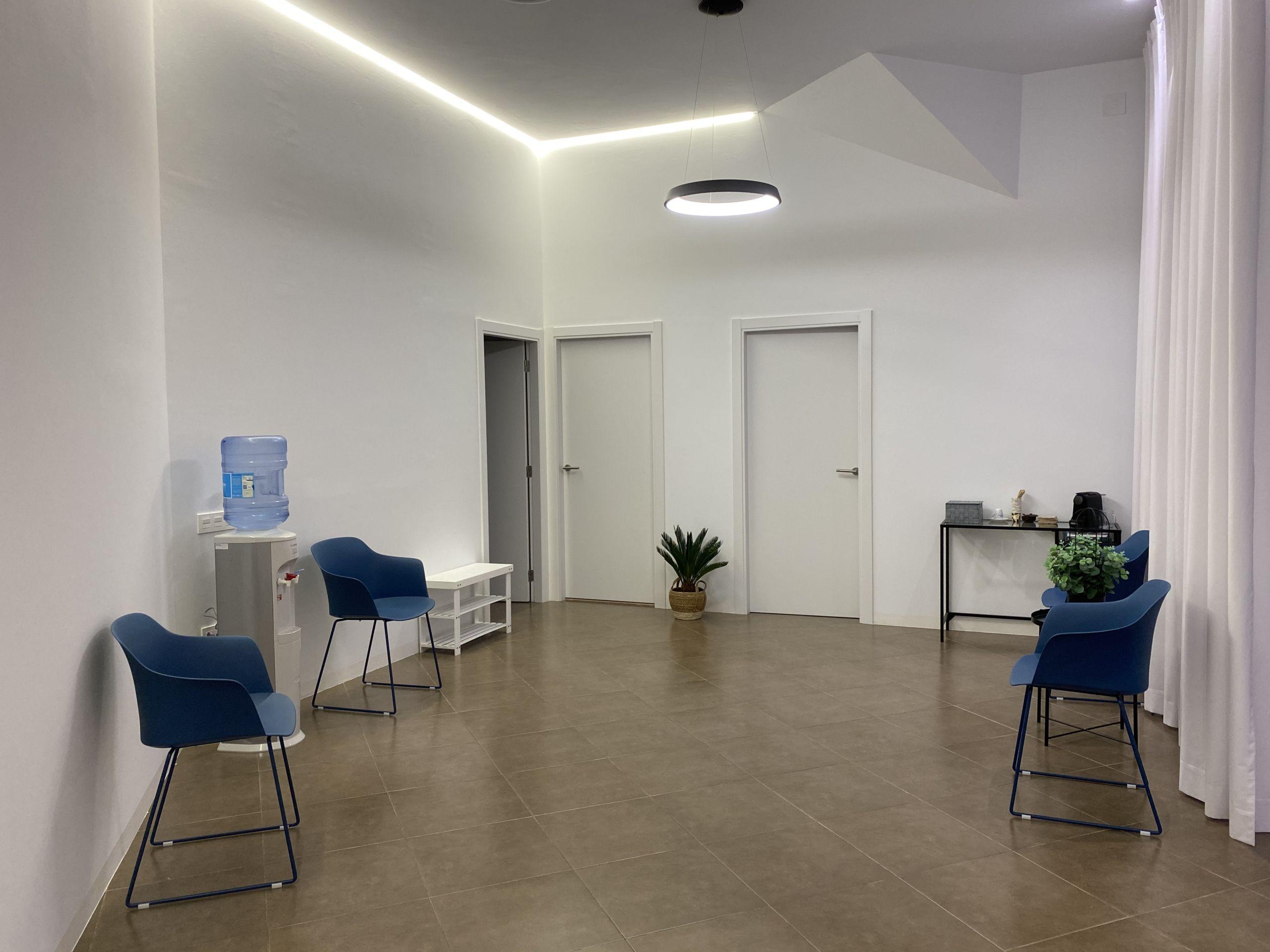 sala-espera-clinica-mediterrani