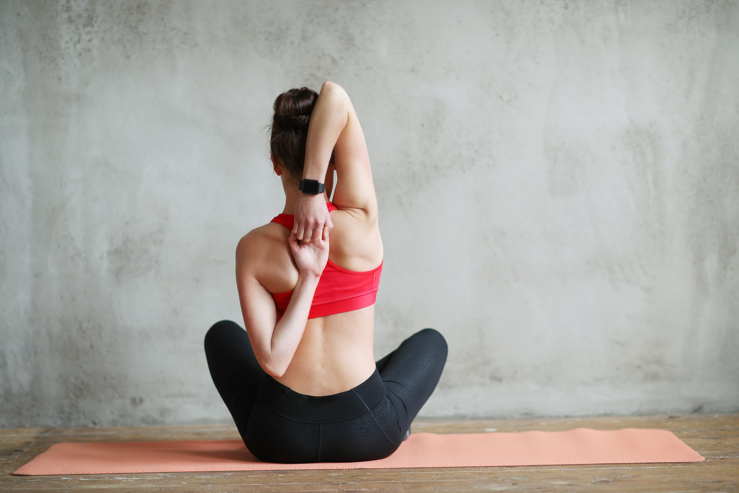 mujer-practicando-ejercicio